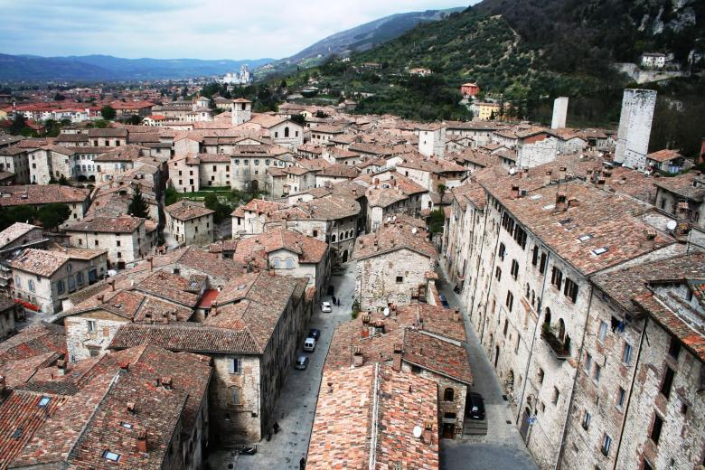 Itinerary from Assisi to Gubbio
