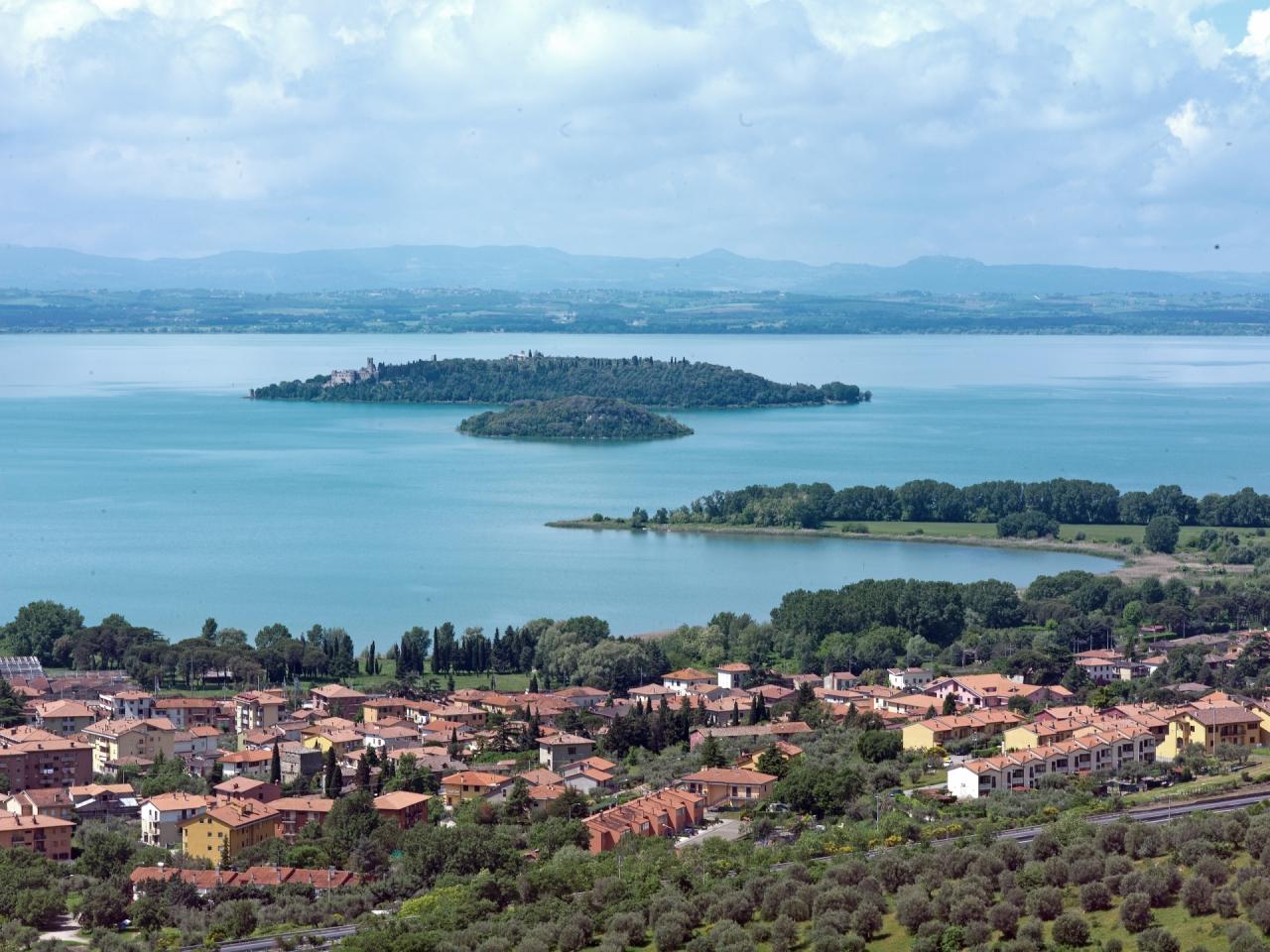 79b45fbe fae0 7537 2db1 38ebc7fec19d - 5 Danau Menakjubkan yang Terdapat di Kawasan Italia